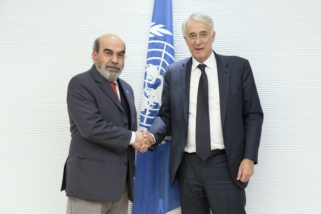 José Graziano Da Silva,  direttore generale della FAO con il sindaco di Milano Giuliano Pisapia (Credits: ©FAO/Alessia Pierdomenico